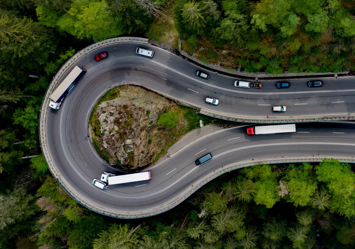 Vrachtwagen op de weg - MACH-3000 Alliance - Jan Krediet