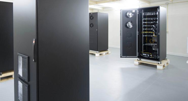 Serverkasten - Logistieke oplossingen voor hightech - Jan Krediet